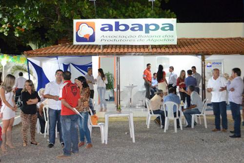 No dia 07, a Abapa recebeu os produtores e visitantes com um Coquetel