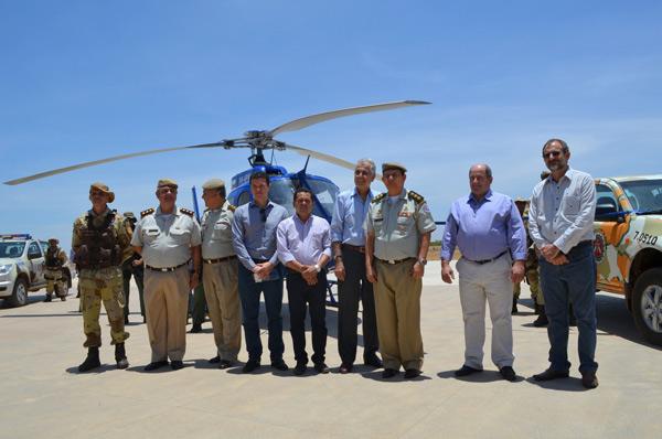 Representantes das entidades do agronegócio e autoridades municipais participaram da solenidade