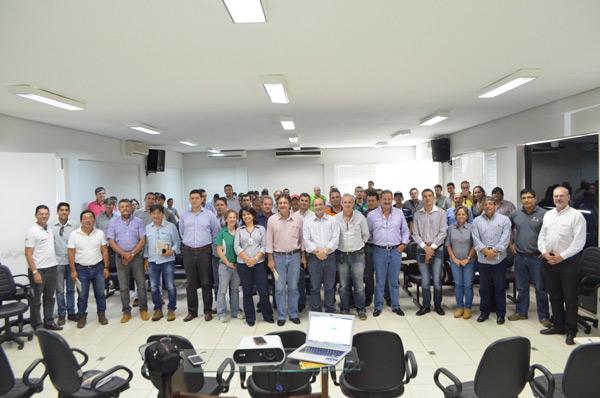 O Fórum aconteceu no auditório da Fundação Bahia, em Luís Eduardo Magalhães