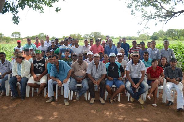 O encontro reuniu pequenos produtores da região