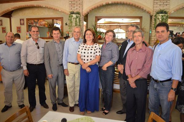 Após a solenidade, a ministra Kátia Abreu almoçou com os produtores da região oeste