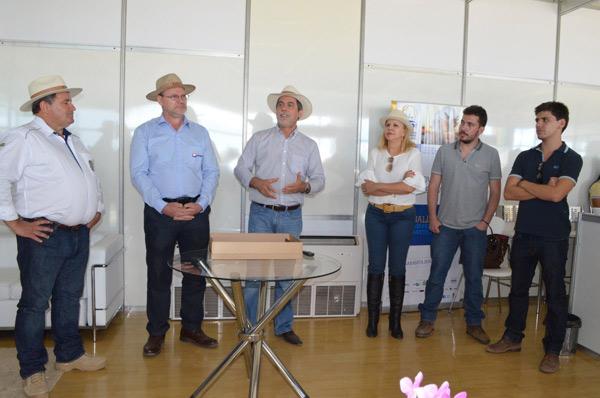 A família de João Carlos Jacobsen participou da homenagem