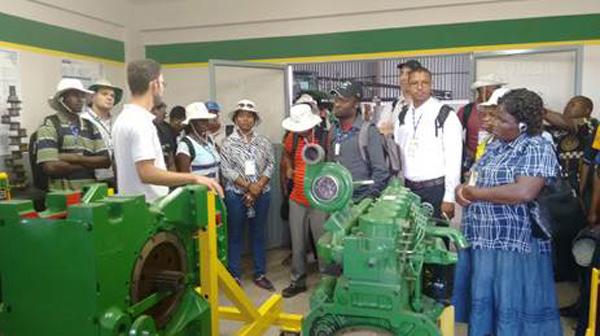 Visita da delegação moçambicana no Centro de Treinamento