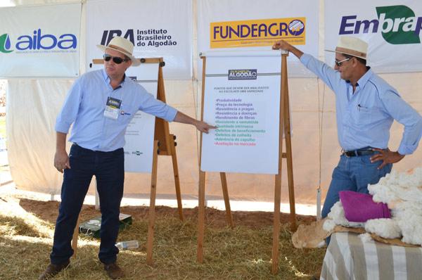 Na terceira estação, o gerente de Laboratório da Abapa, Sérgio Brentano falou sobre qualidade da fibra