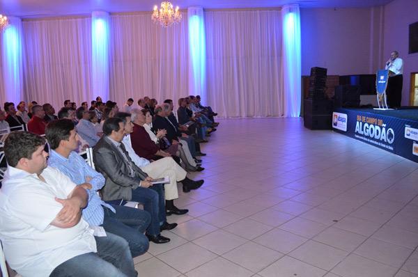 O evento contou com a presença de produtores e autoridades