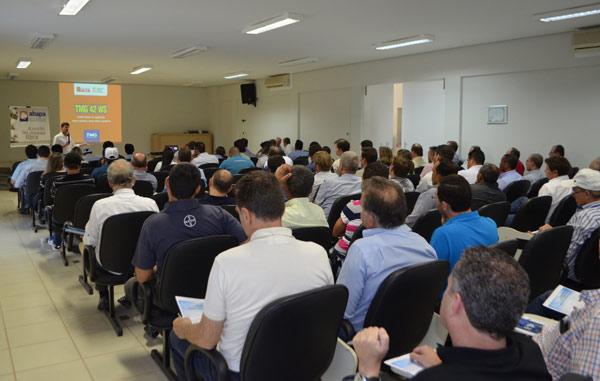 O seminário contou com a presença de mais de 100 participantes