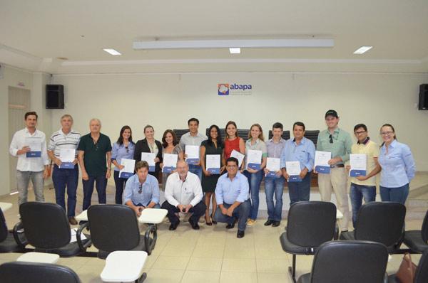 A cerimônia de entrega dos certificados aconteceu no Auditório da Abapa, em Barreiras